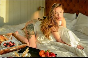 Syriel escort girl in Ballenger Creek Maryland